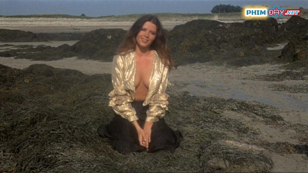 Hòn Đảo Bị Ám - The Demoniacs (1974)