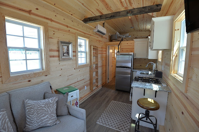 solar powered tiny house