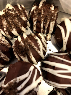 picture of oreo truffles covered in chocolate