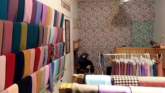 10 Desain Toko Hijab Kecil Kecilan