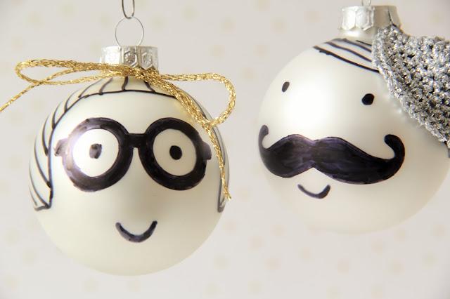 Gehaakt/ crochet, Gemaakt/ DIY, gratis patroon hoedje, kerst, kerstbal, kerstbal versieren, Studio Mojo,
