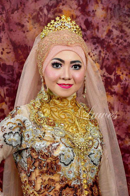 Makeup artist rias pengantin hijab modern modifikasi