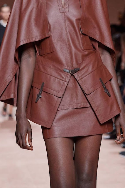 https://www.vogue.co.uk/shows/spring-summer-2020-ready-to-wear/hermes/details
