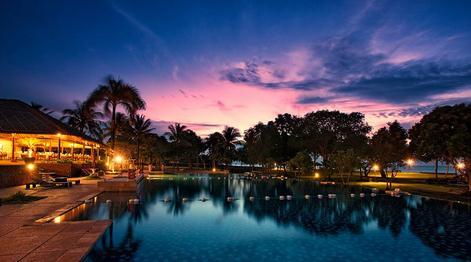merupakan sebuah tempat wisata di banten yang paling terkenal di kalangan pecinta wisata h 10 Eksotisme Tanjung Lesung Beach di Banten Yang Artistik