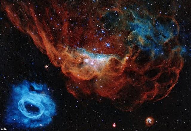 «Κοσμικός Ύφαλος»: Η «εκπληκτική» νέα εικόνα γιγαντιαίου νεφελώματος που καίγεται με νέα αστέρια να γεννιούνται