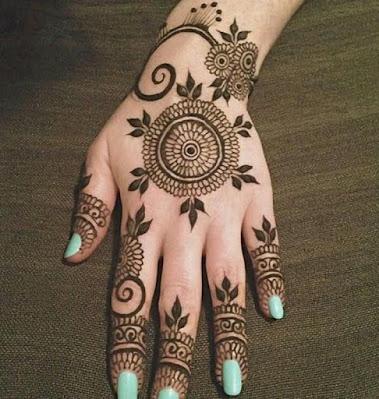 ornate circle beautiful mehndi designs for Piche Wale Hath Ki/Ka/Ke Side