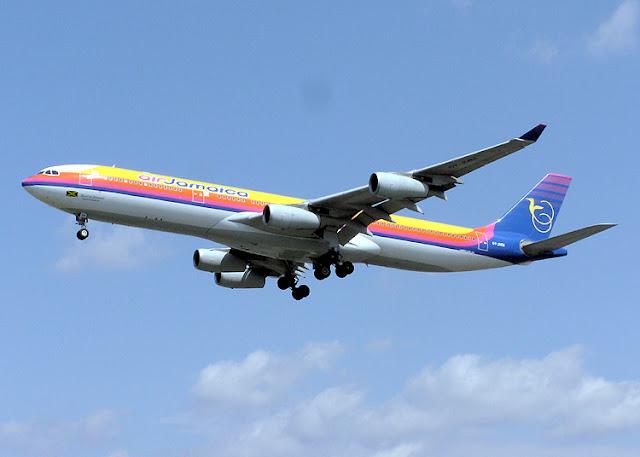 Gambar Pesawat Airbus A340 04