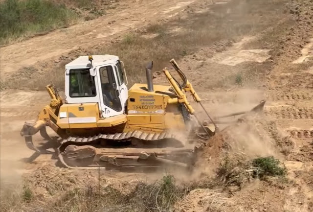 Μπουλντόζα με ερπύστριες επισκευάστηκε από την ΠΕ Αργολίδας μετά από 8 χρόνια ακινησίας (βίντεο)