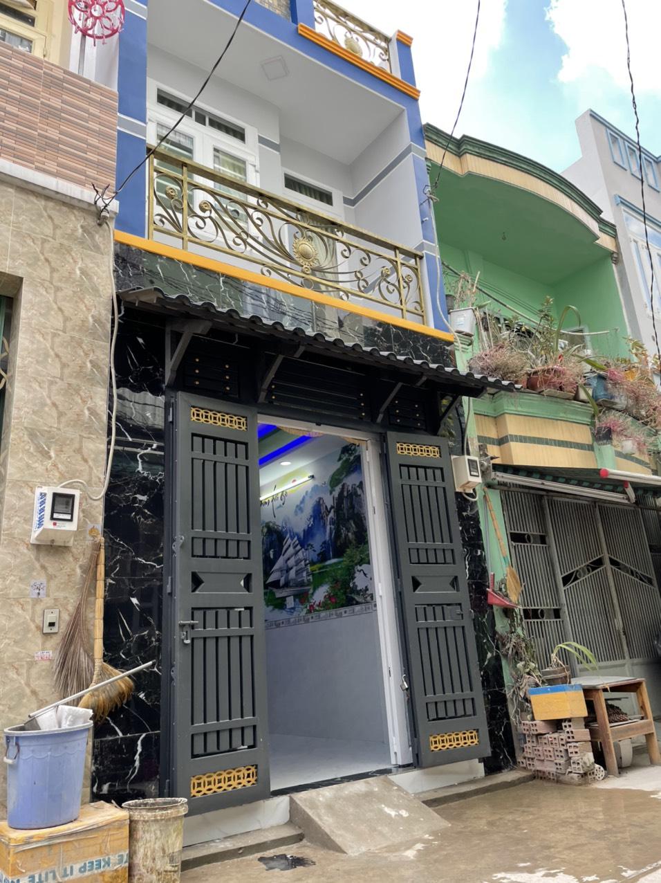 Bán nhà đường Chiến Lược quận Bình Tân dưới 3 tỷ. Nhà đẹp 1 lầu vào ở ngay