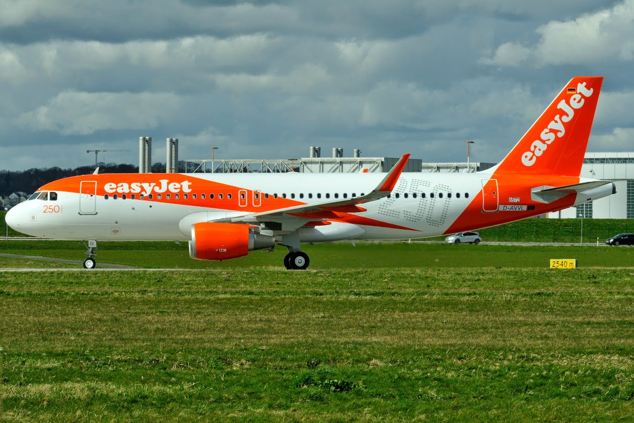 easyjet - photo #19