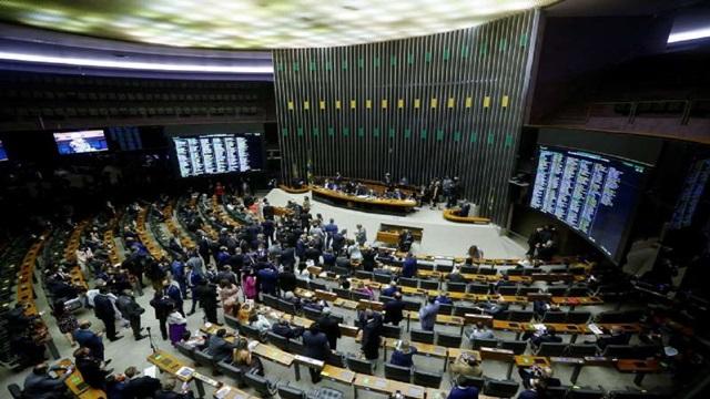 Confira como votaram os deputados da Paraíba na sessão que decidiu manter Daniel Silveira preso