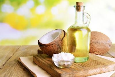 Rinçage à l'huile de noix de coco