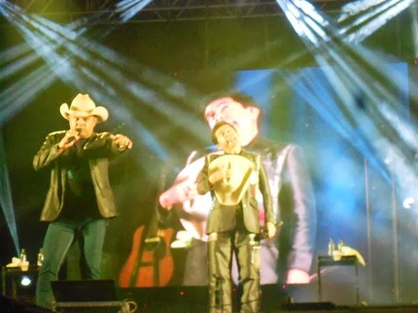 Rionegro e Solimões, show, música, liberdade, expoliber, 2013