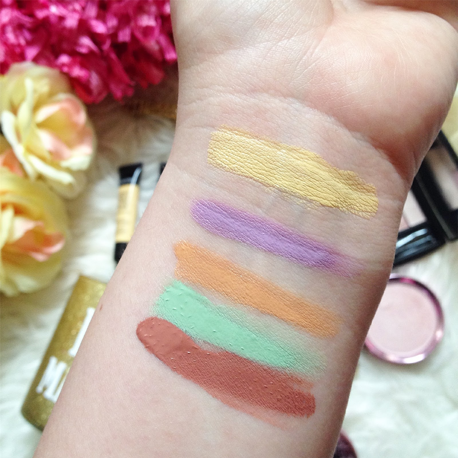Teint Idole Ultra Wear Camouflage Color Corrector by Lancôme #6