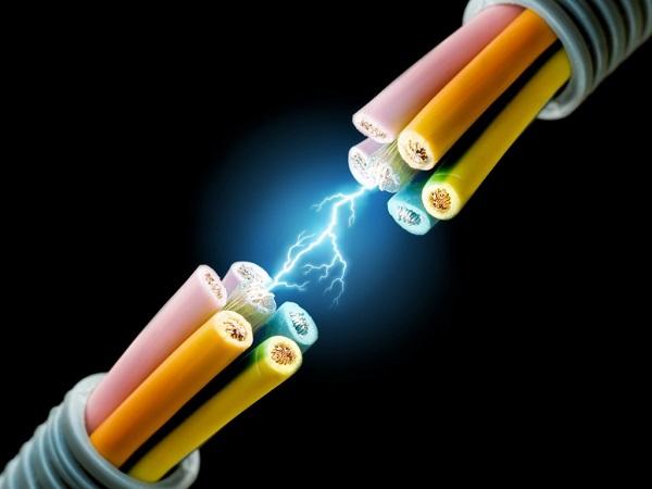 الكهرباء عودة التيار بالكامل لمدينة الإنتاج الإعلامى بعد الانقطاع من الشبكة الرئيسية