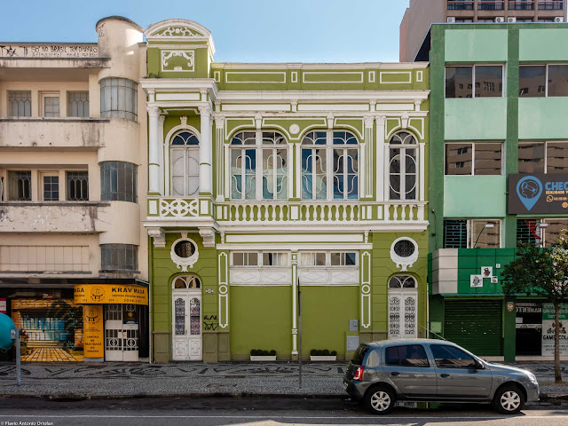 Sobrado eclético na Rua Barão do Rio Branco 570