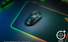 Razer Basilisk Ultimate HyperSpeed Wireless Gaming Mouse