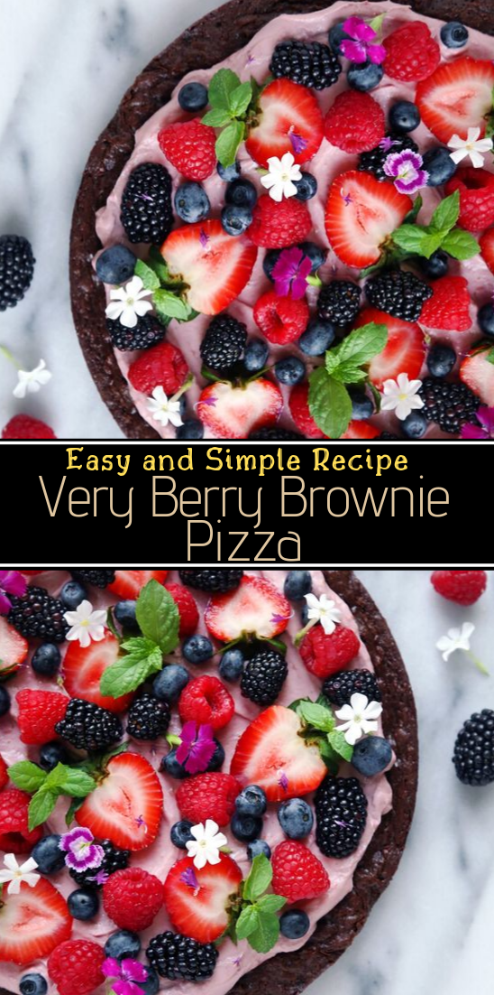 Very Berry Brownie Pizza #desserts #cakerecipe #chocolate #fingerfood #easy