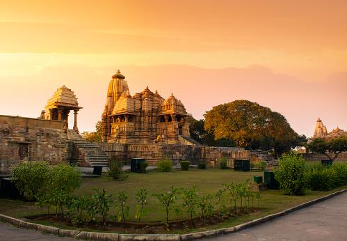 UNESCO world heritage sites in madhya pradesh / मध्यप्रदेश में यूनेस्को के विश्व धरोहर स्थल
