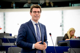 """Corrao (M5S): """"Piano Marshall settore vitivinicolo. Europa supporti le piccole aziende in difficoltà per il lockdown"""""""