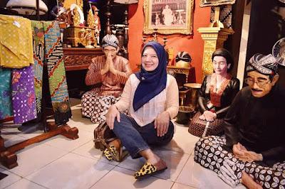 kriyanusa 2019 pameran kerajinan lokal indonesia berkualitas internasional nurul sufitri blogger travel culinary lifestyle review info hamzah batik