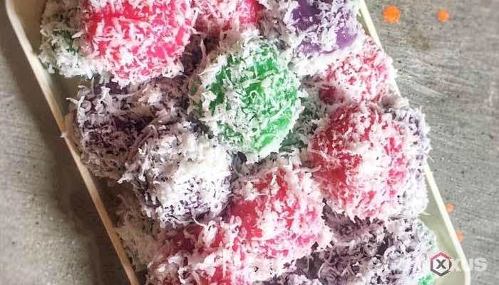 Resep cara membuat klepon pelangi atau rainbow isi gula merah dan kacang tanah