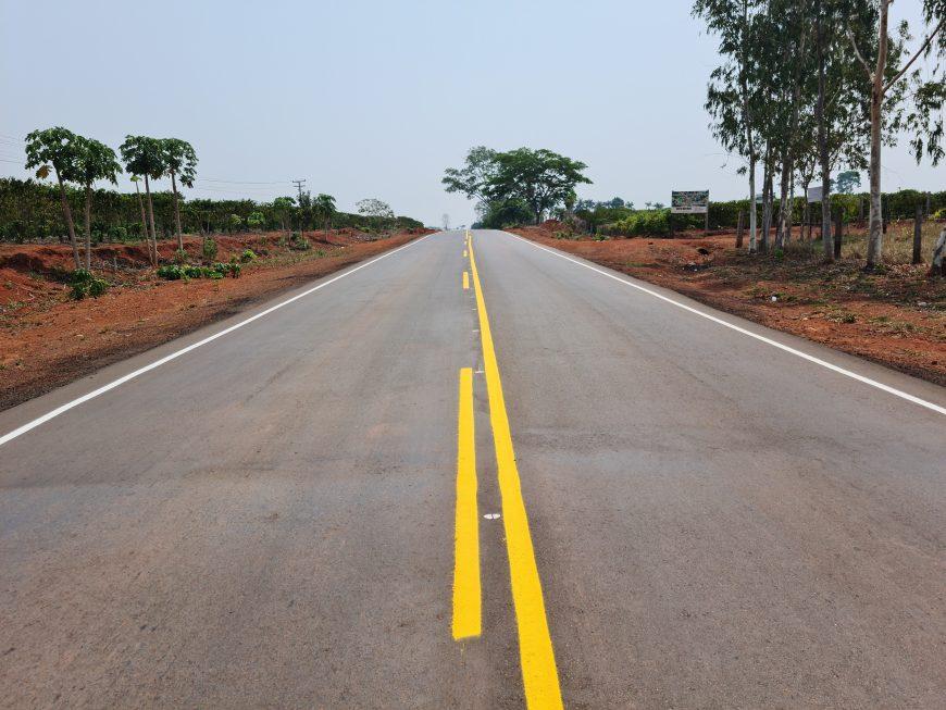 Trecho da RO-010 recebe sinalização horizontal entre Rolim de Moura e Novo Horizonte d'Oeste