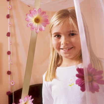 Pink Daisy Chain Canopy