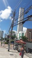 Resultado de imagem para fios de telefones enfeiam a cidade