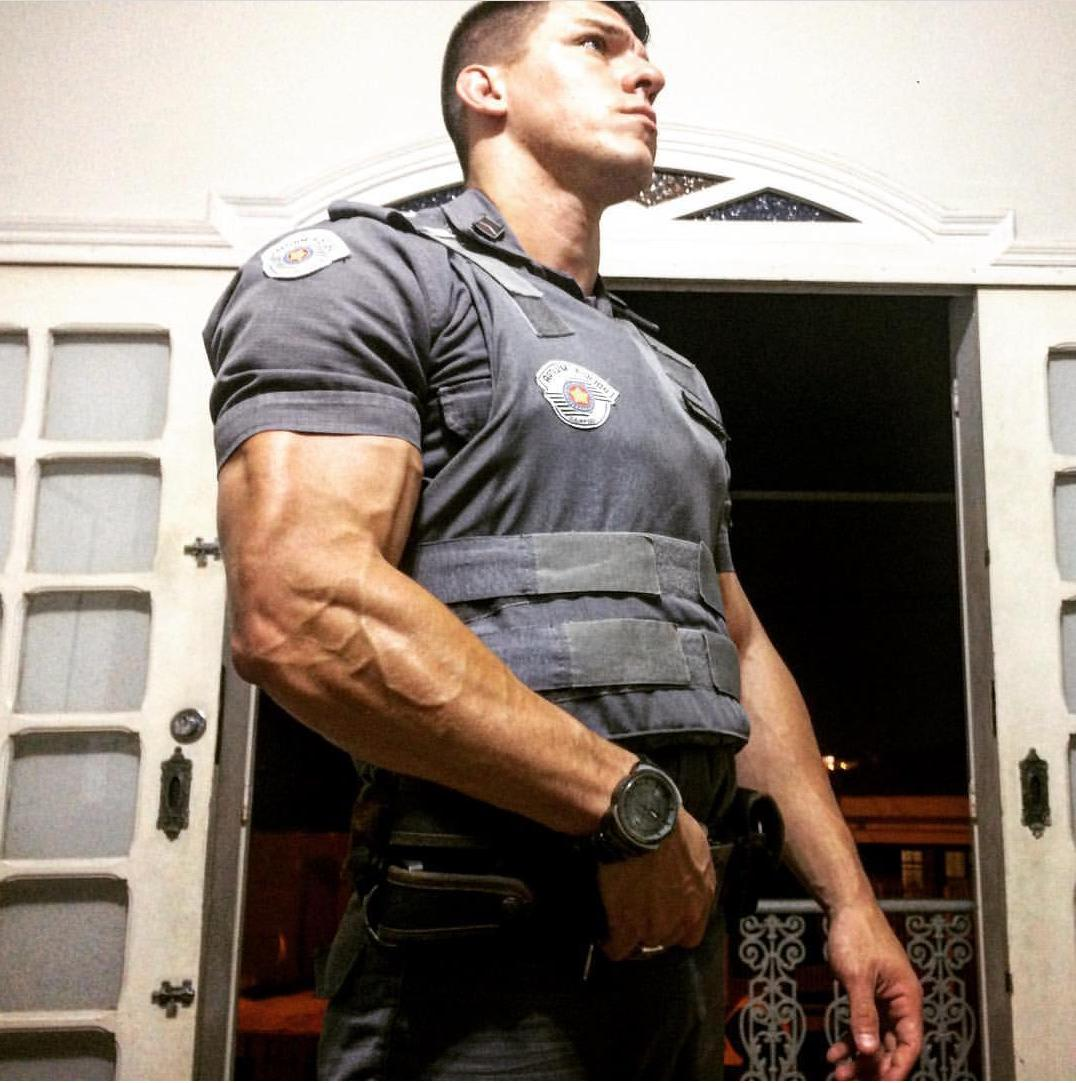 sexy-venezuelan-police-officers-uniform-dangerous-bad-boy-veiny-strong-arms-biceps