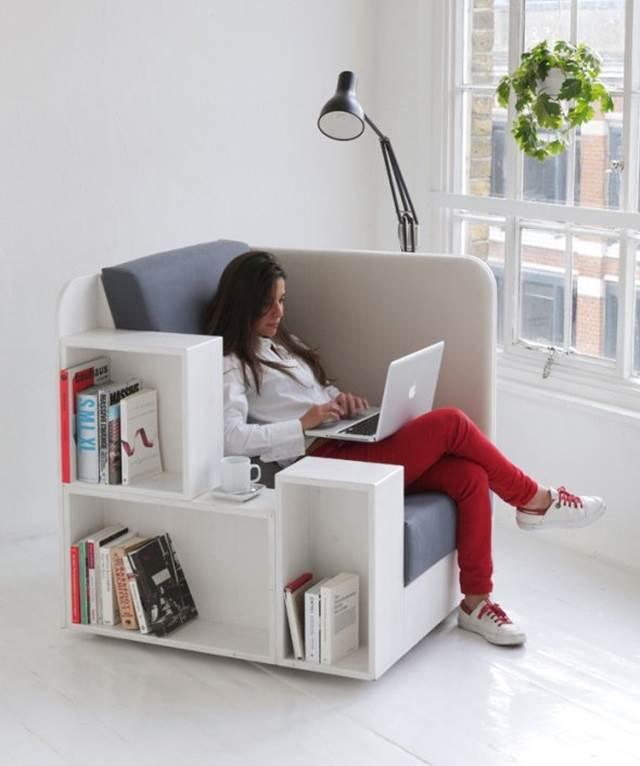 kerusi yang direka dengan rak buku