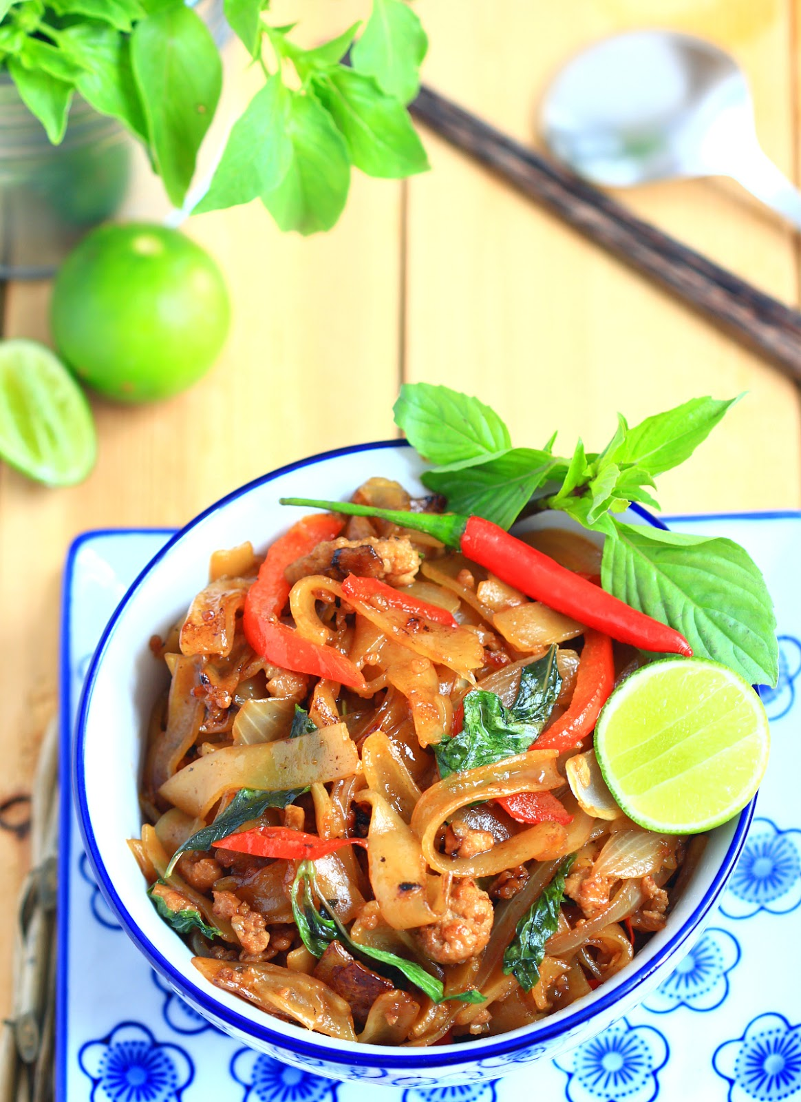 my bare cupboard: Pad kee mao / drunken noodles / spicy ...