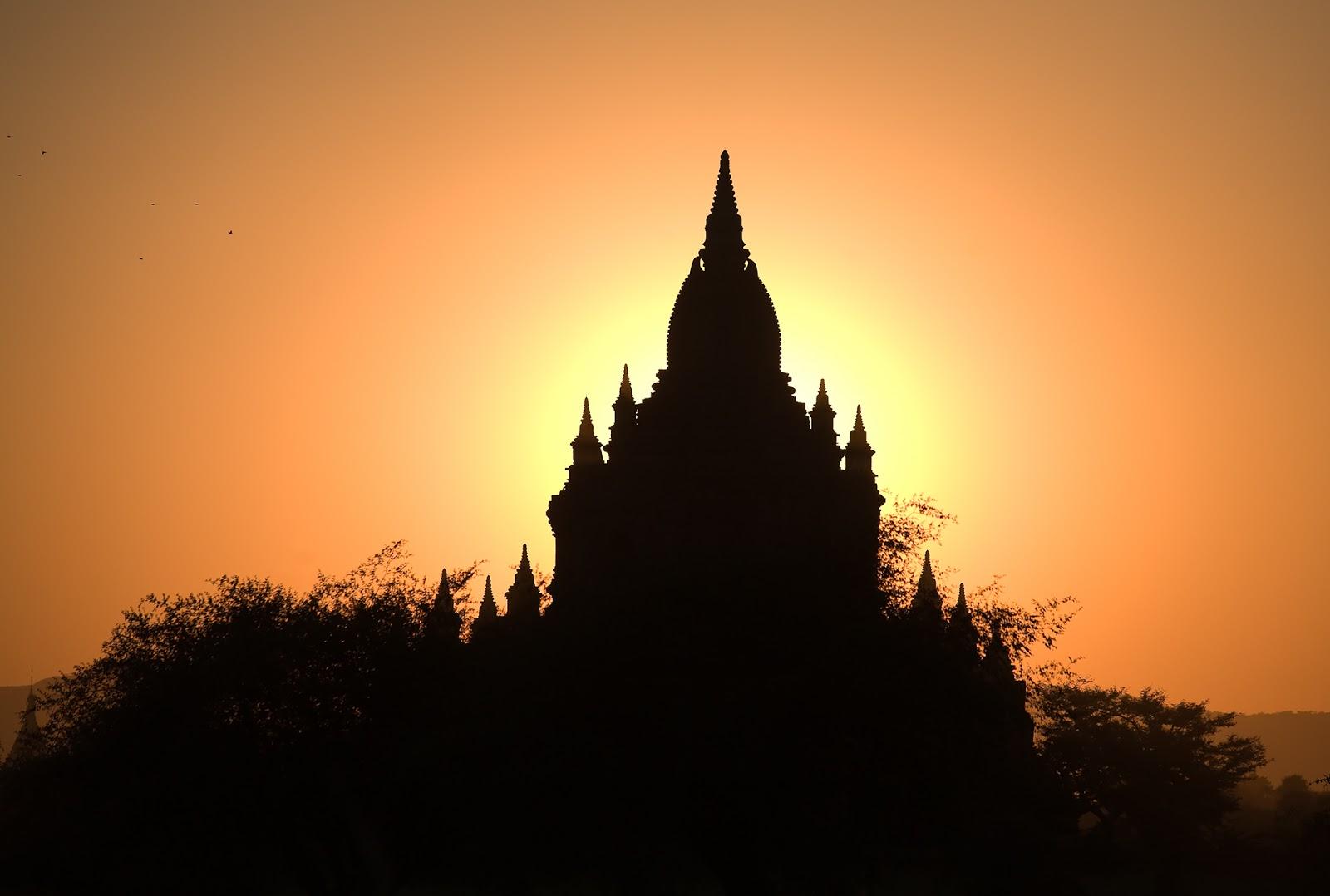 zmierzch,pagoda,bagan,birma