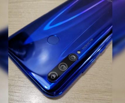 Huawei Honor 10i camera
