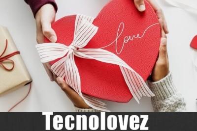 Auguri San Valentino 2020 - Ecco le migliori frasi d'amore ed immagini romantiche da invare su Whatsapp e Facebook