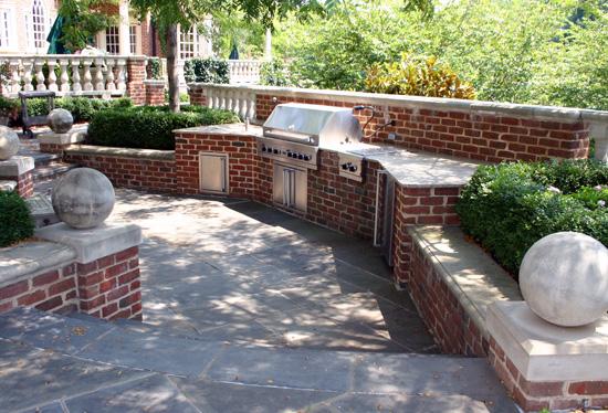 Brick Laminate Picture: Brick Grills