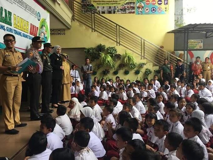 Sosialisasikan Cegah Virus Corona, Sebelum Libur  Sekolah Pemkab Dan Forkompimda Jember