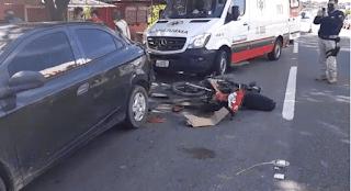Sem habilitação e com sinais de embriagues, motociclista sofre acidente grave na BR 101; vídeos
