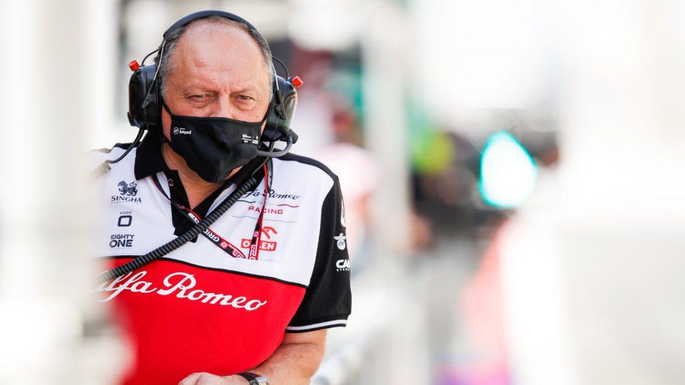 Alfa Romeo pode ser 'um dos pacotes surpresa' de 2022, diz Vasseur
