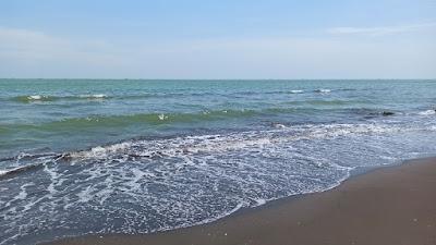 Singgah Sejenak ke Pantai Widuri Pemalang