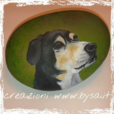 Sassi dipinti a mano prezzi fermacarte cane