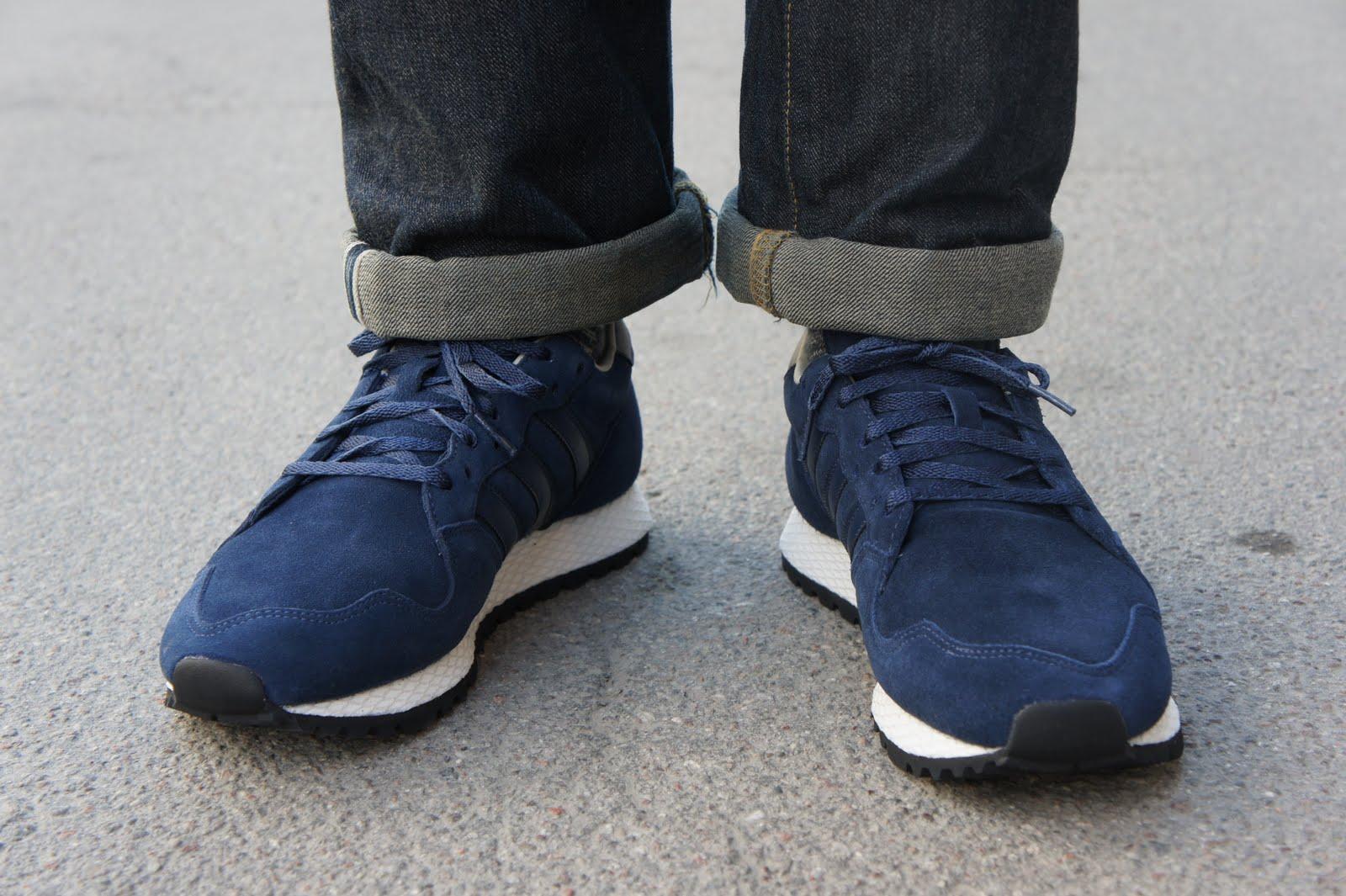Six Feet Down: Adidas ZX 380 Unisex retro runners!