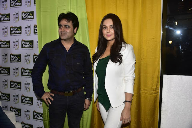 Mr. Sanjeev Juneja with Preity Zinta -Roop Mantra