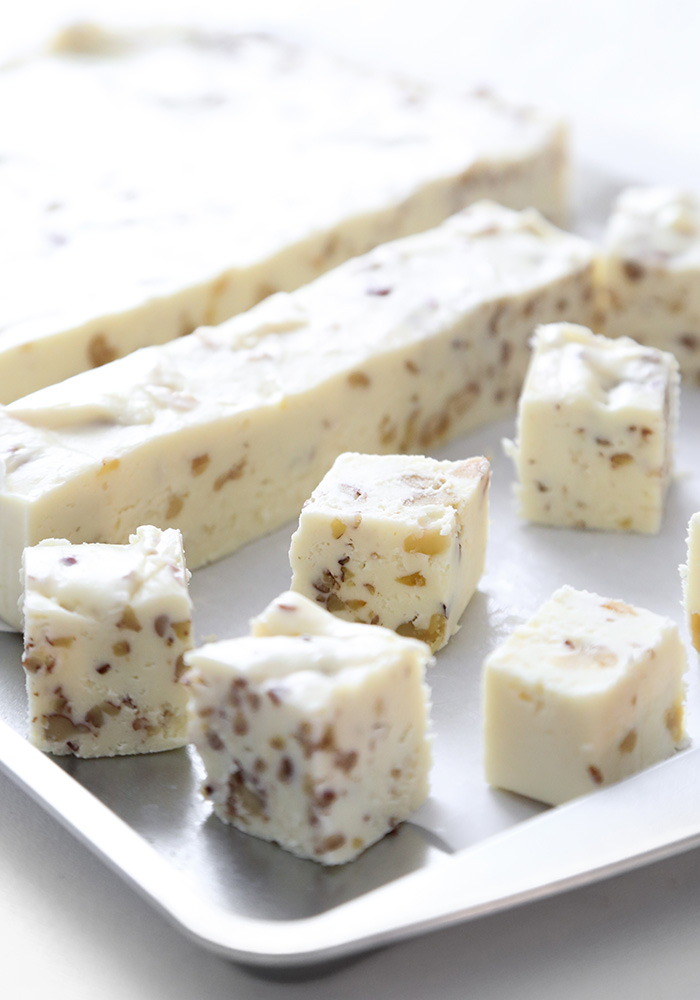 3 Ingredient Cream Cheese Fudge