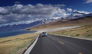 西藏旅遊包車如何選擇適合的車型?