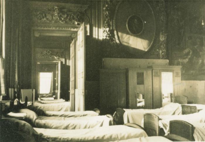 Salón de Estado acondicionado como dormitorio durante la Segunda Guerra Mundial
