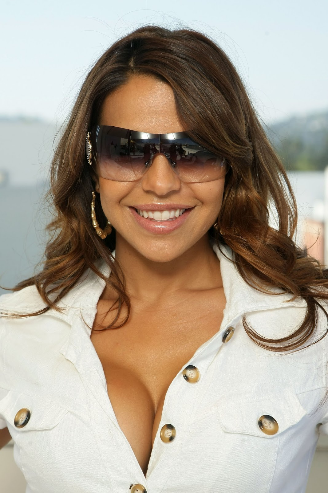 Vida guerra hacked means not
