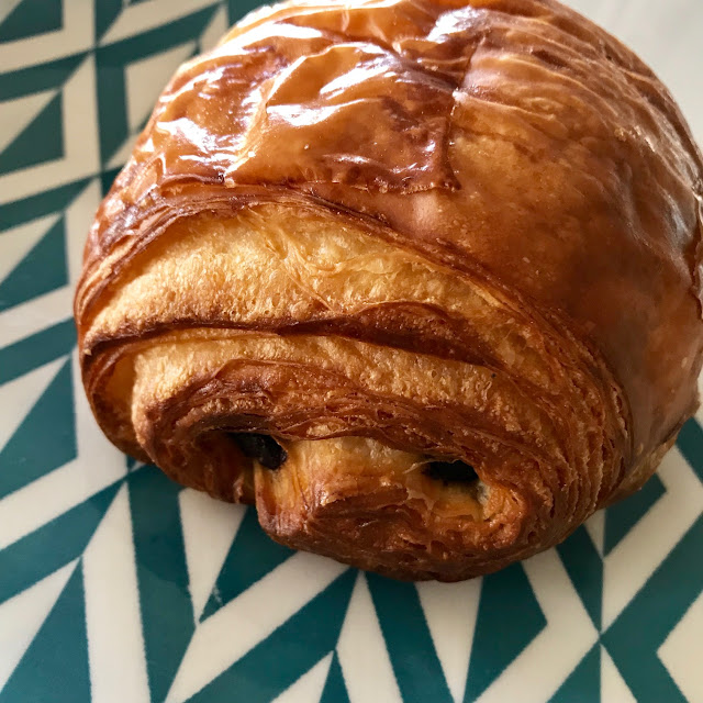 Woodfrog Bakery, Kew, chocolate croissant