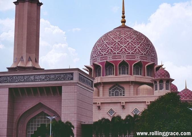 grand Mosques in Kuala Lumpur