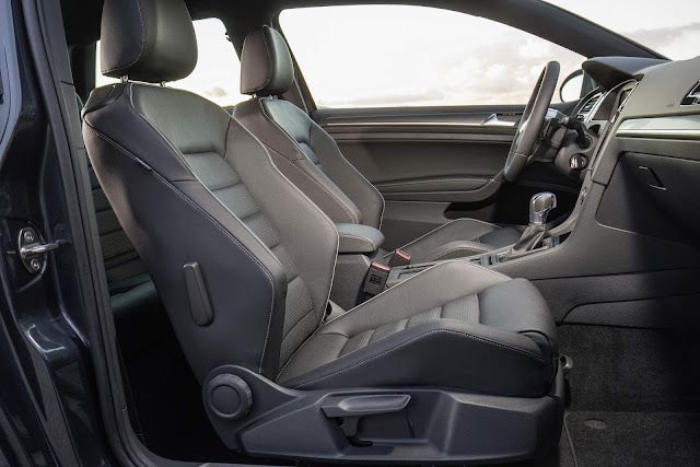 VW Golf 2018 GTD - interior